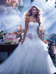 alfred angelo 238